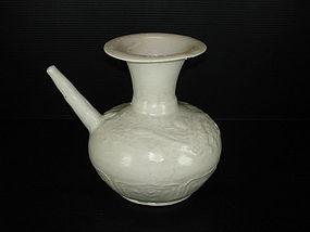 Song Yuan qingbai white glaze dragon pouring vessel