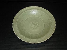 Yuan dynasty longquan celadon lobbed dish 23.5cm
