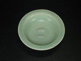 Yuan longquan celadon blue green twin fish dish