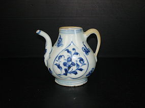 Yuan - Ming blue and white ewer