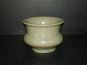 Rare Song dynasty Guan type celadon zhadou