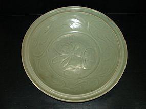 Song Yuan longquan celadon large dish 35cm