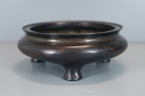 18th century Chinese bronze censer Xuande mark