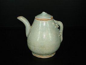 Yuan qingbai dragon handle ewer with cover