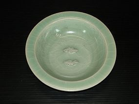 Fine Song longquan celadon blue green fish dish