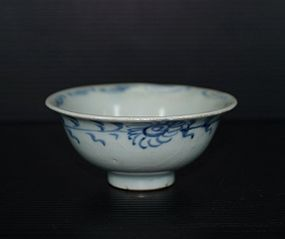 Yuan dynasty blue and white small cup