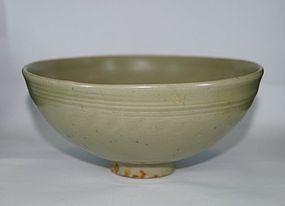 Yuan dynasty longquan celadon large bowl