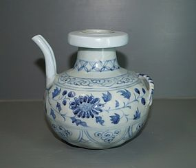 Rare Yuan dynasty blue and white large ewer with shrimp motif