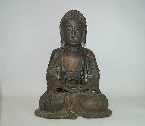 Rare Ming dynasty bronze figure of seated Buddha