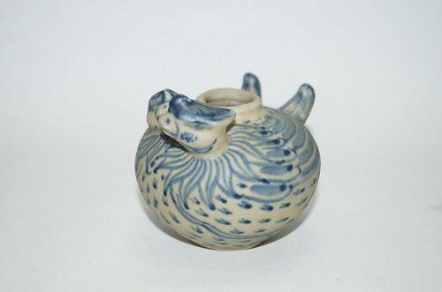 Vietnamese Annamese 15th century blue and white duck jar
