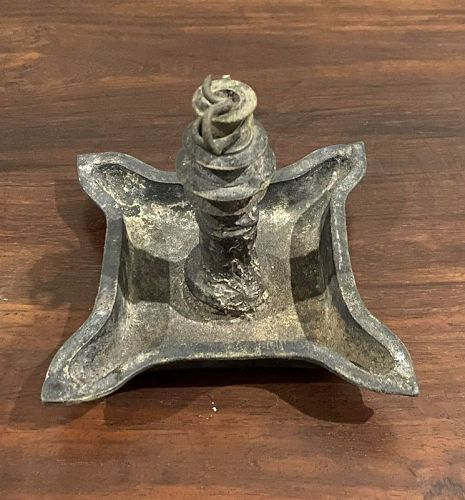 Indonesia Java Sumatra 10 - 12th century bronze oil lamp