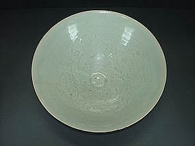 Song Hutian bowl with infant motif