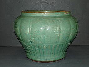 Yuan - early Ming longquan celadon guan jar