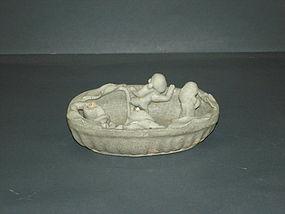Yuan dyansty qingbai with human taking bath scenery