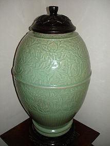 Yuan - Ming dynasty longquan celadon large vase 48cm