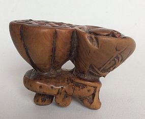 Chinese Boxwood Toggle 19th Century