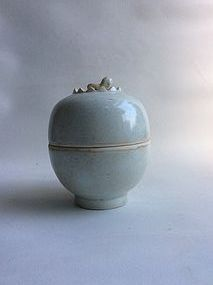 Song Qingbai Lidded Jar