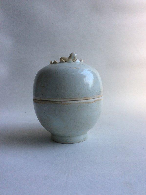 Song Qingbai Lidded Jar