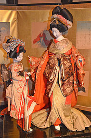 Meiji Period Oiran Courtesan and Attendant Dolls