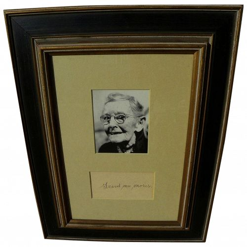 GRANDMA MOSES (1860-1961) framed bold ink autograph and handwritten letter from daughter-in-law to admirer