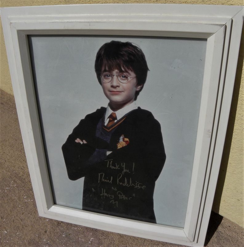 Daniel Radcliffe HARRY POTTER hand signed inscribed photo