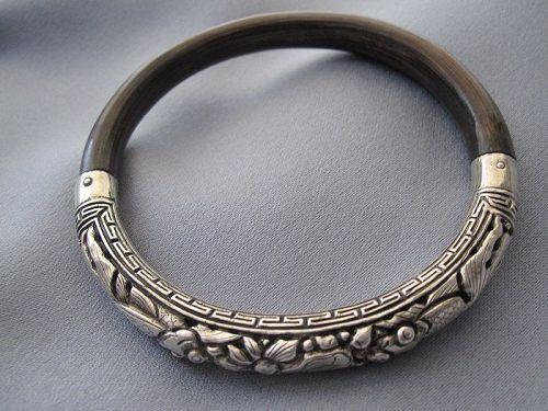 Antique Sterling Silver Rattan Fish Motif Bracelet