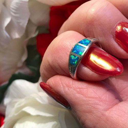 STERLING SILVER INLAID BLUE OPAL GEMSTONE RING - SIZE 6