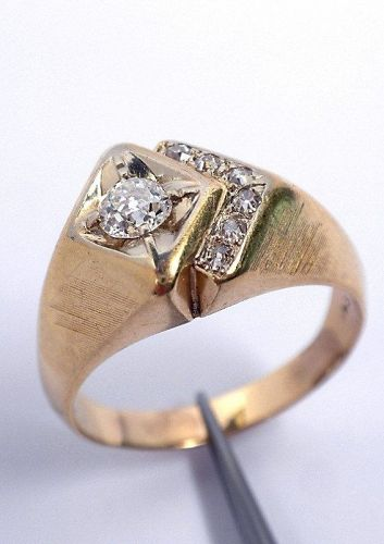14KT Yellow Gold Gents Diamond Ring With Certificate