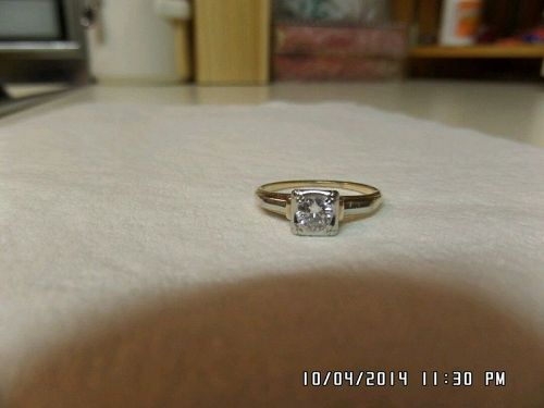 Beautiful 14 - 18k Vintage Diamond Engagement Ring *Solitaire*