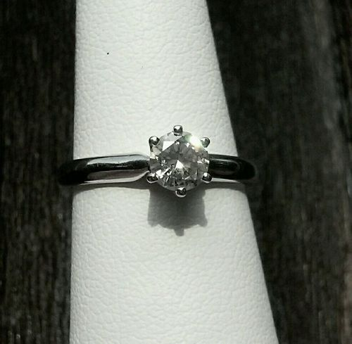 14K SOLID White Gold .321 Carat Diamond Ring SI1, G-H Color
