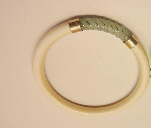 Jade & Ivory14kt yellow gold bracelet