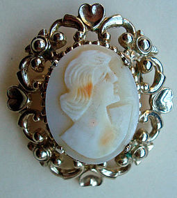 Beautiful Vintage Cameo Pin Distinct Carving Hallmarked