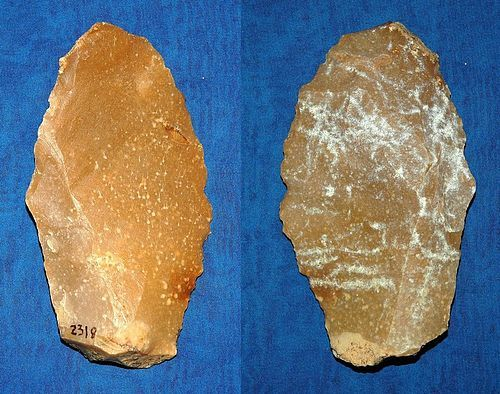 Neanderthal Convergent scraper on flake
