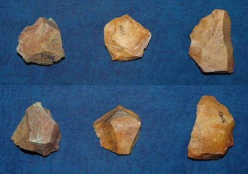 3 Native American Paleolithic cores