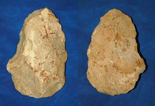 "Neanderthal axe ""a gibbosite"""