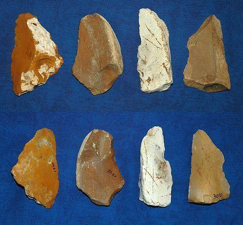 4 Neanderthal blades