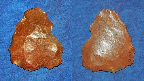 Neanderthal monoface axe
