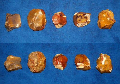 5 Small Neanderthal Cores