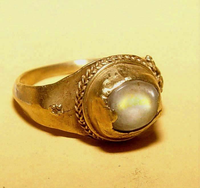 Ancient Cabochon Quartz Crystal Gold Ring - 1,000 AD