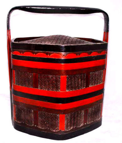 Chinese Bamboo Lacquer Food Basket - 19th Century