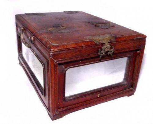 Chinese Mirrored Vanity Case - 19th Century