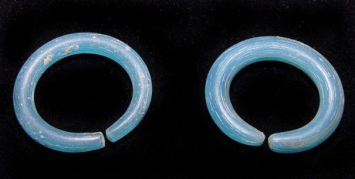 Pair of Ancient Blue Glass Earrings - 100 BC