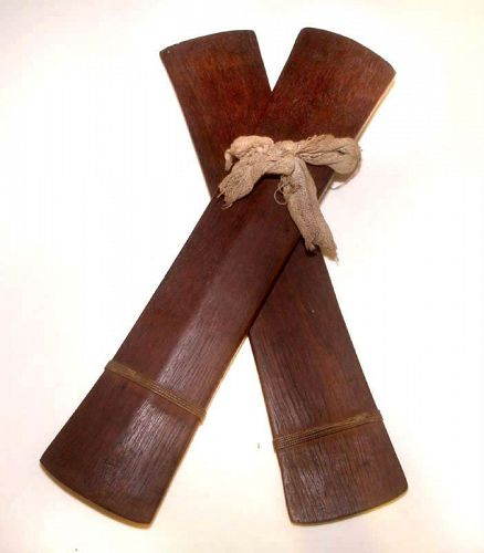 Old Rare Chinese Ironwood Musical Clapper