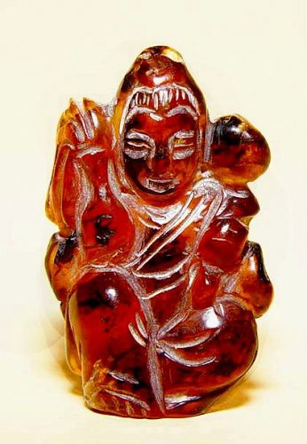 Chinese Natural Amber Quanyin Pendant