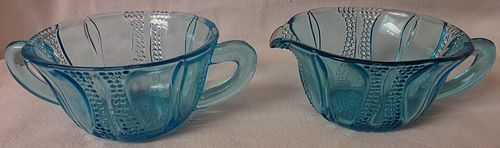Tulip Blue Creamer and Sugar Dell Glass Company