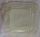 "Lorain Yellow Dinner Plate 10.25"" Indiana Glass Company"