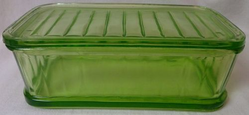 "Paneled Green Regrigerator & Lid 4"" x 8"""