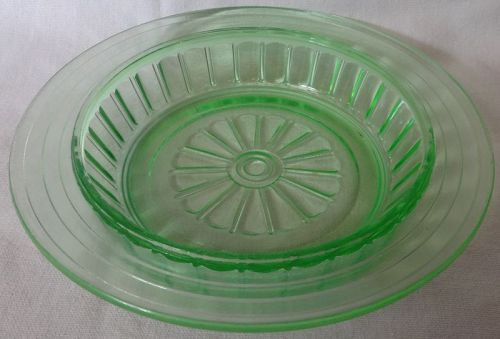 New Century Green Butter Bottom Hazel Atlas Glass Company