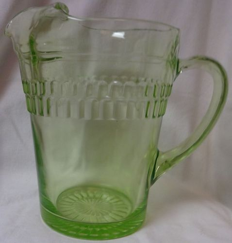 """Roulette Green Pitcher 8"""" 65 oz Hocking Glass Company"""