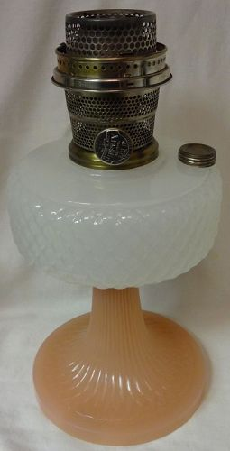 Quilt Pink & White Moonstone Kerosene Lamp Aladdin Mantle Lamp Company